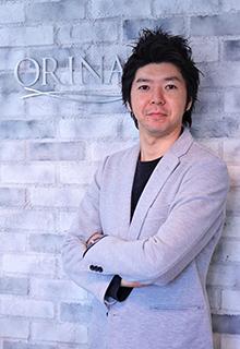 ORINASのスタイリスト戸津川隆人